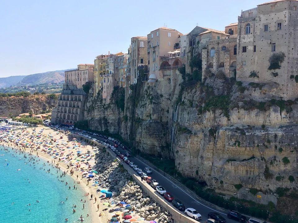 Bonus Vacanze 2020: strutture aderenti in Calabria
